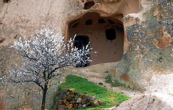Kapadokyada bahar güzelliği büyülüyor  3