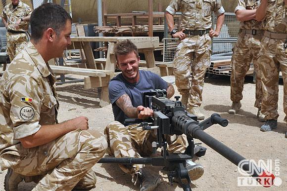 Beckham Afganistana transfer oldu! 2