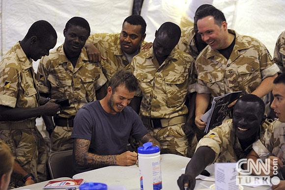 Beckham Afganistana transfer oldu! 6