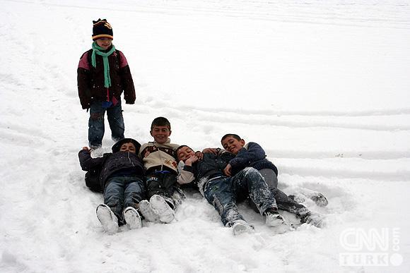 Bahar karı yurtta ulaşımı aksatıyor! 2