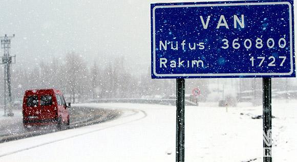 Bahar karı yurtta ulaşımı aksatıyor! 3