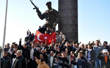 Saldırı sonrası Türkiye ayağa kalktı  17