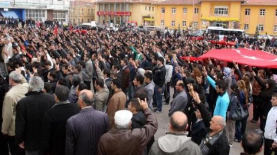 Saldırı sonrası Türkiye ayağa kalktı  24