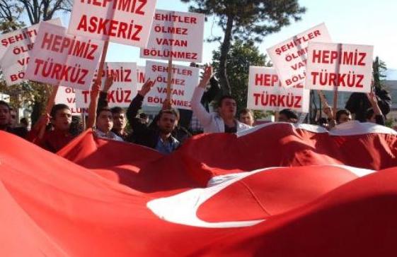 Saldırı sonrası Türkiye ayağa kalktı  25