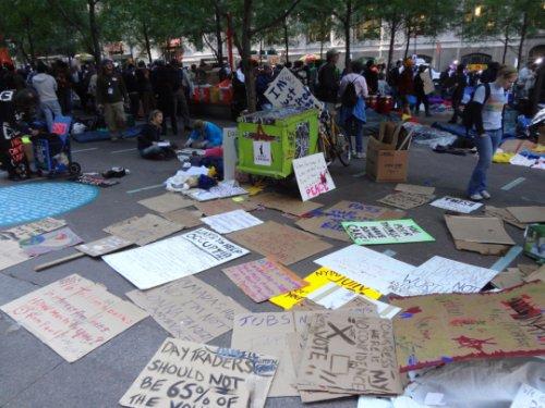 Dünya kapitalizmi protesto etti 16