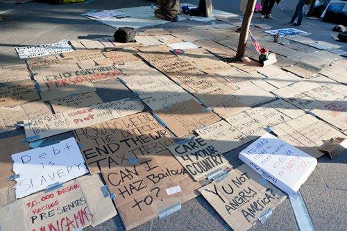 Dünya kapitalizmi protesto etti 6