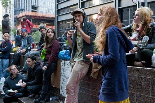 Dünya kapitalizmi protesto etti 9