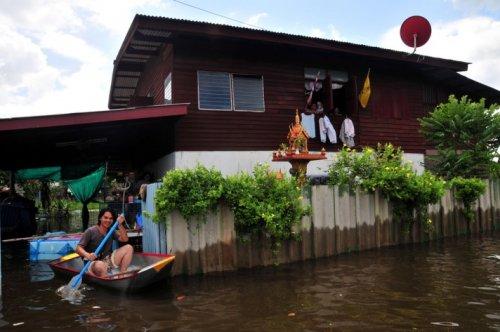 Taylandda yüzyılın en büyük doğa felaketi 1