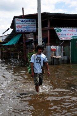 Taylandda yüzyılın en büyük doğa felaketi 2