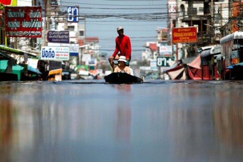 Taylandda yüzyılın en büyük doğa felaketi 8
