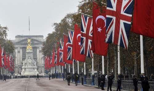 Cumhurbaşkanı Gül İngilterede  24