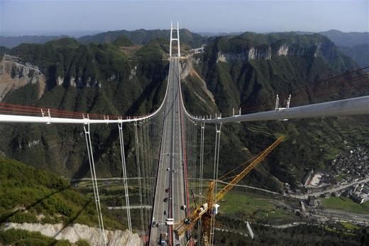Dünyanın En Yüksek Asma Köprüsü 4