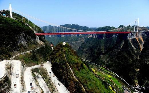Dünyanın En Yüksek Asma Köprüsü 9
