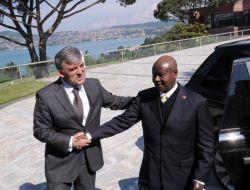Gül, Uganda Cumhurbaşkanı Museveni İle Görüştü