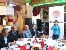 Bakan Yılmaz, Sivasta Türkçenin Çocuklarıyla Buluştu