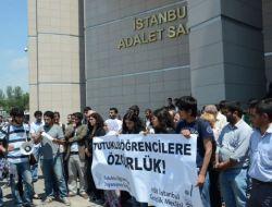 Tutuklu Öğrenciler İçin Adliye Önünde Eylem