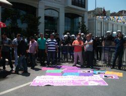 Kadınların Kürtaj Protestosunda Gerginlik