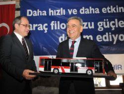 İzmir'e 100 Yeni Otobüs Daha Geliyor