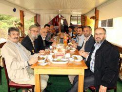 Sp İl Başkanı Çizmecioğlu: Birbirimizi Sevmek Zorundayız