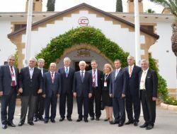 İzmirli İşadamları Kıbrıs'a Çıkarma Yaptı