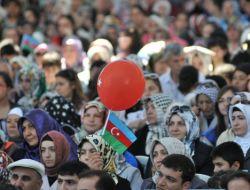 Türkçe Olimpiyatları Kültür Şöleni'nde Azeri Rüzgarı