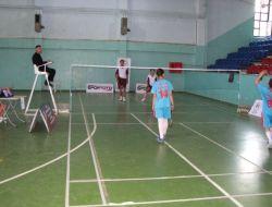 Yibo'lar Arası Türkiye Badminton Şampiyonası Başladı