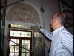 Muradiye Ve Hamza Bey Camileri Görkemli Günlerine Dönüyor