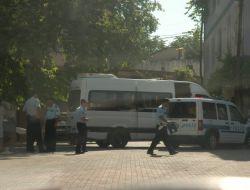 POLİS ARACI KAZA YAPTI