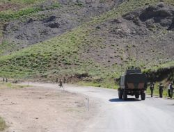 Yüksekova-Hakkari Karayolu Trafiğe Kapatıldı