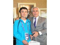 Dünyanın Farklı Ülkelerinden Gelen Çocuklardan Başkan Bozbey'e Türkçe Teşekkür