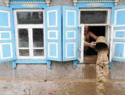 Gürcistandan Sel Felaketi Yaşayan Rusyaya Yardım Önerisi