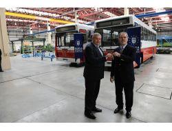 Bursa Büyükşehir Belediyesi, Ovaazatlıya 2 Otobüs Hediye Etti