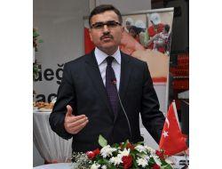 Vali Turhan: Demokrasinin Daha Sağlıklı Yürümesi İçin Basının Rolü Çok Önemli