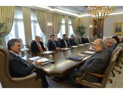 Cumhurbaşkanı Gül, Türkiye Yazarlar Birliği Heyetini Kabul Etti