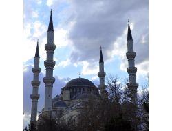 Orta Asya'da En Çok Cami Tacikistanda Bulunuyor