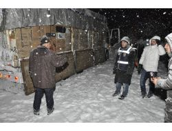 Tatvan'da 255 Bin Paket Kaçak Sigara