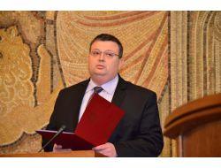Yeni Başsavcı Tsatsarov Yemin Etti