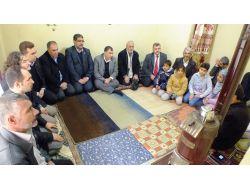 Tümsiad Çadır Kentte Kalan Suriyelileri Ziyaret Etti
