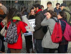Tkp'li Öğrenciler Rektörü İstifaya Çağırdı