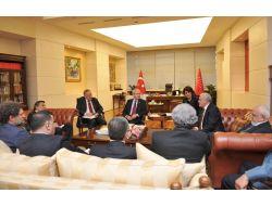 Kılıçdaroğlu Diyalog Grubuyla Görüştü