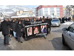 Pariste 3 Kadının Öldürülmesi Tuncelide Protesto Edildi
