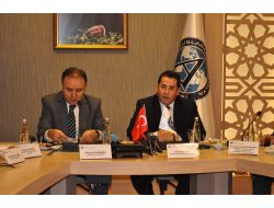 Türk Ve Rus Entelektüeller 2 Ülke İlişkilerini Masaya Yatırdı