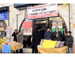 Sivas'ta Suriye İçin Bir Ekmek Bir Battaniye Kampanyası Başlatıldı