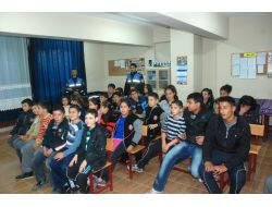 Erzinde Toplum Destekli Polislik Projesi İle 7 Bin Öğrenciye Eğitim Verildi