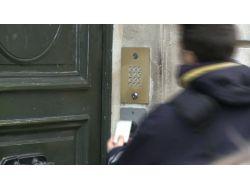 Cinayetlerin İşlendiği Binadaki Şifre Sistemi