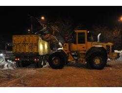 Ağrıda Kar Temizleme Çalışmaları Gece-gündüz Sürüyor