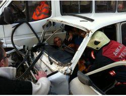 Freni Patlayan Otomobil Zincirleme Kazaya Neden Oldu: 1i Ağır, 5 Yaralı