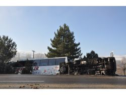 Kırşehir'de Buzlanma Nedeniyle Zincirleme Trafik Kazası: 12 Yaralı