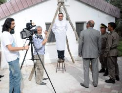 Adnan Menderes Darbenin Yıldönümünde Asıldı