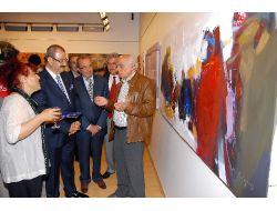 Dünya Ressamlarının Eserleri Büyük İlgi Görüyor